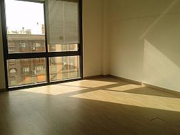 Büro in miete in calle Ciudad de Barcelona, Adelfas in Madrid - 358738414