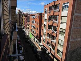 Piso en venta en calle Pedro II El Católico, Delicias en Zaragoza - 331635155
