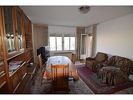 Flat for sale in Castellar del Vallès - 327652571