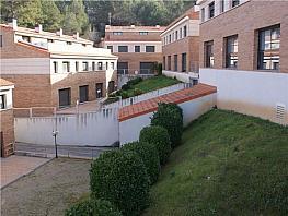 Casa pareada en venta en calle Hermenegildo Almirall, Gelida - 333642021