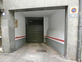 Parkplatz in verkauf in calle Josep Estivill, Navas in Barcelona - 333877341