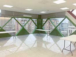 Oficina en alquiler en Costillares en Madrid - 358540064