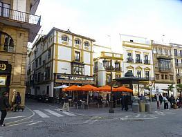 Piso en alquiler en calle Martin Villa, Santa Cruz en Sevilla - 373665400