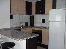 Piso en alquiler en calle Pau Casals, Figueres - 345094987