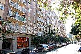 Piso en alquiler en calle Pere Cabanes, Torrefiel en Valencia - 316591496