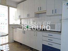Piso en alquiler en calle Huesca, Casco Antiguo - Santa Cruz en Alicante/Alacant - 331538766