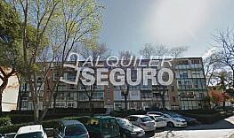 Piso en alquiler en calle Badalona, Fuencarral-el pardo en Madrid - 332297044