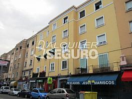 Piso en alquiler en calle Ricardo Ortiz, Ventas en Madrid - 333710789
