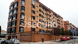 Piso en alquiler en calle Parroco Eusebio Cuenca, Delicias en Madrid - 334126465