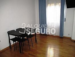 Piso en alquiler en calle Jose María Pereda, Quintana en Madrid - 334958051