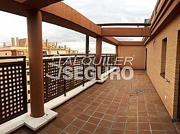 Ático en alquiler en calle Maquinilla, Palomeras Sureste en Madrid - 334958111