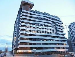 Piso en alquiler en calle De Secundino Zuazo, Hortaleza en Madrid - 377603119
