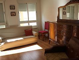 Salón - Apartamento en alquiler en Ciudad Real - 266040767