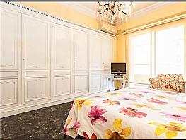 Piso en venta en calle Pintor Benedito, Arrancapins en Valencia - 323600297