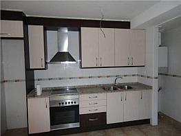 Piso en alquiler en calle Delfi Ortiz, Sant Pere de Riudebitlles - 327075480