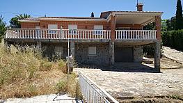 Fachada - Chalet en venta en calle Encinar, Urb. Encinar del Alberche en Villa del Prado - 287768749