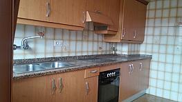 Cocina - Piso en alquiler en calle Tenderina, Tenderina en Oviedo - 303866625