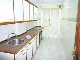 Piso en alquiler en calle Bermudez de Castro, Milán-Pumarin-Pontón de Vaqueros en Oviedo - 307011784