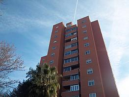 Flat for sale in calle Pablo Neruda, Palomeras Bajas in Madrid - 353041191