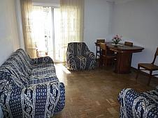 salon-piso-en-venta-en-calle-escalona-aluche-en-madrid-198881112