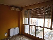 salon-piso-en-venta-en-calle-seseantilde-a-aluche-en-madrid-203279630