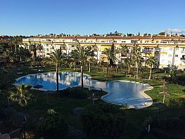 Piso en alquiler en urbanización Dama de Noche, Nueva Andalucía-Centro en Marbella - 331316849