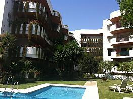Piso en alquiler en calle Las Acacias, Nueva Andalucía-Centro en Marbella - 332011074