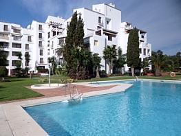 Piscina - Piso en alquiler en calle Jesus Puente, Nueva Andalucía en Marbella - 334548820