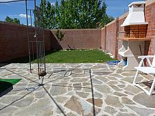 Casa adosada en venta en calle Gabriel Garcia Marquez, Leguario Sur en Parla - 136046908