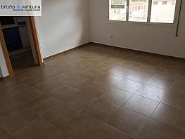 Foto - Piso en venta en calle Doctor Pujol, Centro en Roda de Barà - 331259069