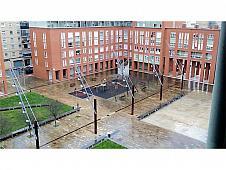 Garaje en alquiler en plaza Ortiz de Landazuri, San Jorge en Pamplona/Iruña - 252374514