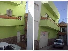 Casa adosada en venta en calle Fernandez Galar, Valsequillo - 358746181