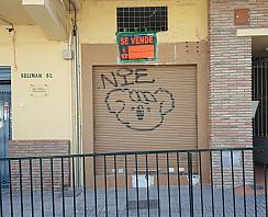 Fachada - Local en venta en calle Velarde, Gamarra - La Trinidad en Málaga - 267630270