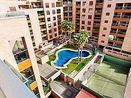 Piso en alquiler en calle Medico Francisco Pérez Company, Almería - 303085253