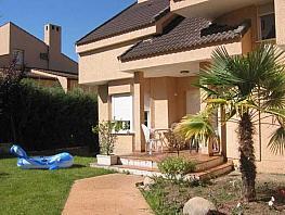 Casa adosada en alquiler en Boadilla del Monte - 274089972