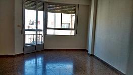 Salón - Piso en alquiler en calle Ramon y Cajal, Centro en Torrent - 354185597