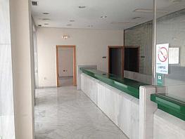 Local en alquiler en barrio Los Remedios, Los Remedios en Sevilla - 298481783
