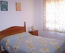 Dormitorio - Apartamento en alquiler en urbanización Aldea del Coto, La Barrosa en Chiclana de la Frontera - 171573112