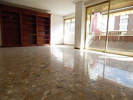 Foto - Piso en alquiler en calle Oscar Espla, Centro en Alicante/Alacant - 353277374