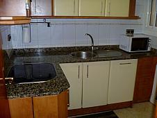cocina-piso-en-alquiler-en-formentera-la-prosperitat-en-barcelona-215420100
