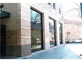 Local comercial en alquiler en calle Josep Renom, Centre en Sabadell - 371644259