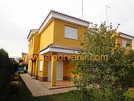 Casa pareada en alquiler en El Vedat en Torrent - 375699247