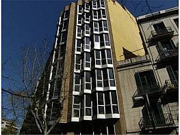Parking en alquiler en Eixample en Barcelona - 351271947