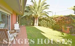 Jardín - Piso en venta en calle Tarongers, Can pei en Sitges - 348618793