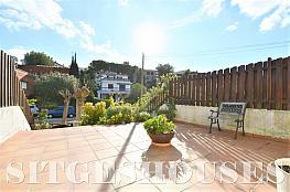 Terraza - Casa adosada en alquiler en calle Santiago Rusiñol, Vallpineda en Sitges - 356644483