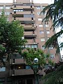 fachada-casa-en-alquiler-en-tribaldos-canillas-en-madrid-144707451