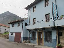 Casas Peñamellera Baja