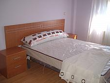 dormitorio-piso-en-alquiler-en-saturnino-tejera-puerta-bonita-en-madrid-208303921