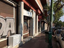 Fachada - Local comercial en alquiler en calle Ciudad de Hospitalet, Can vidalet en Esplugues de Llobregat - 327215733