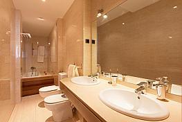 Baño - Piso en alquiler en calle Campoamor, Centro en Torrevieja - 362811925
